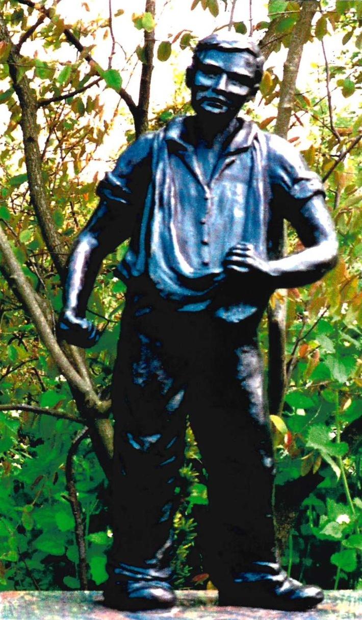 POL-KLE: Kleve - Diebstahl auf Friedhof / Etwa 70cm hohe Bronzefigur von Grab entwendet