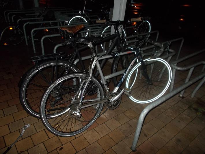 POL-NE: Polizei ermittelt gegen Duo nach Sachbeschädigungen an Fahrrädern