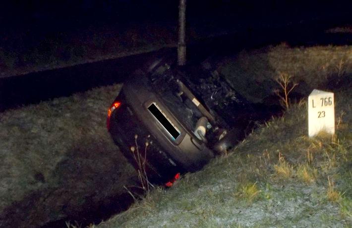 Der Fiat des 25-Jährigen blieb auf dem Dach liegen.