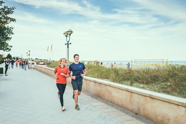 Joggen am Strand von Grömitz