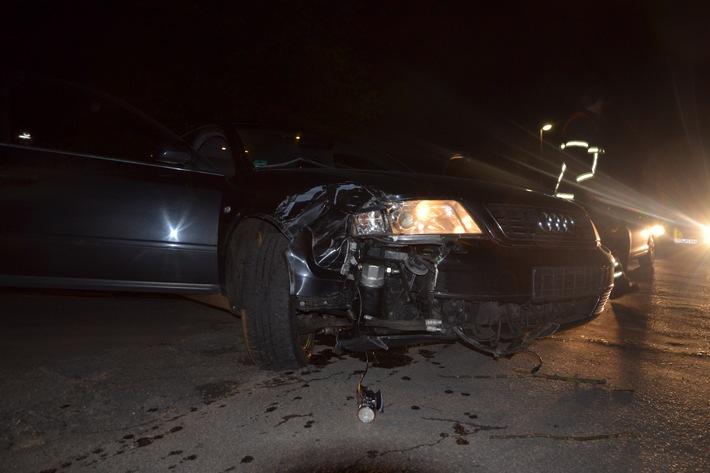 beschädigter, nicht zugelassener Unfall-Audi