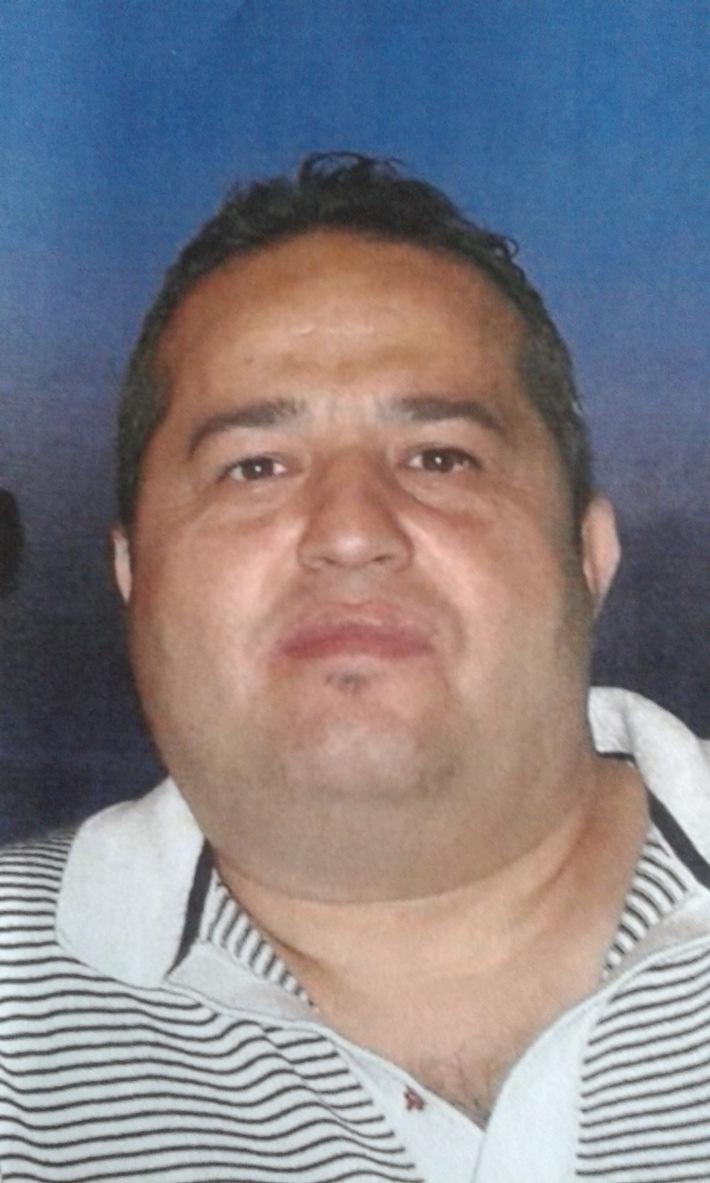 POL-E: Essen: Ehepaar um wertvollen Schmuck betrogen - Fotofahndung - Polizei sucht diesen Mann