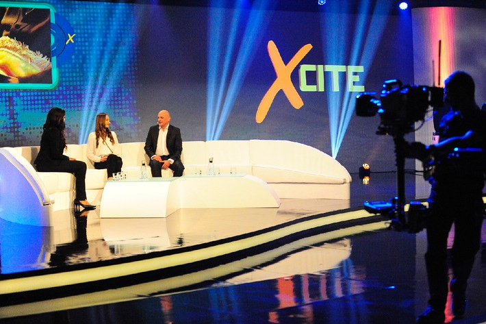 """Lyoness CEO Hubert Freidl explains the new world of Lyoness and Lyconet in Lyoness.TV's special program """"Xcite"""". Photo credit: Lyoness / Further text via OTS and www.presseportal.de/pm/80888 / Use of pictures is free of charge. Please quote: """"obs/Lyoness Europe AG"""""""