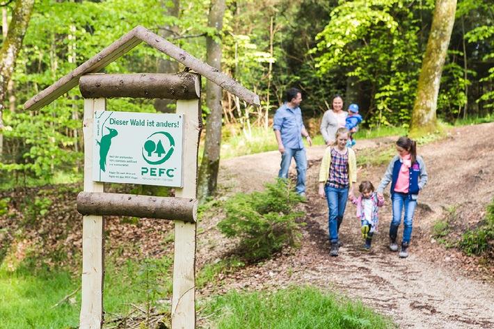 Tag des Waldes: Dem Wald durch Zertifizierung eine Zukunft geben / Das Zertifizierungssystem von PEFC will weltweit forstliche Nachhaltigkeit sicherstellen