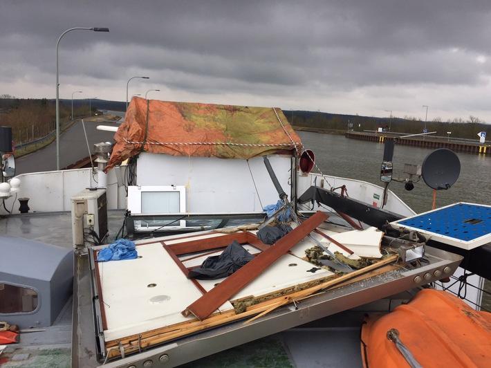 Auf dem Güterschiff entstandene Schäden