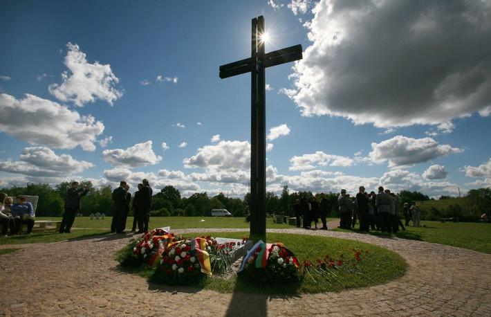 Der neunhunderttausendste Tote hat einen Namen / Gedenkveranstaltung am 9. September in Sebesh