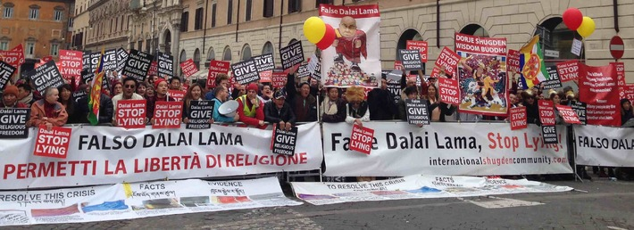 """Protests in Basel Calling on Dalai Lama to """"End his Hypocrisy and Religious Persecution"""""""