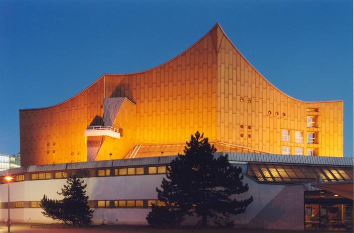 SWR folgt Einladung zu einem der bedeutendsten Orchesterfestivals / SWR Symphonieorchester, SWR Vokalensemble und SWR Experimentalstudio am 11.9. beim Musikfest Berlin in der Philharmonie