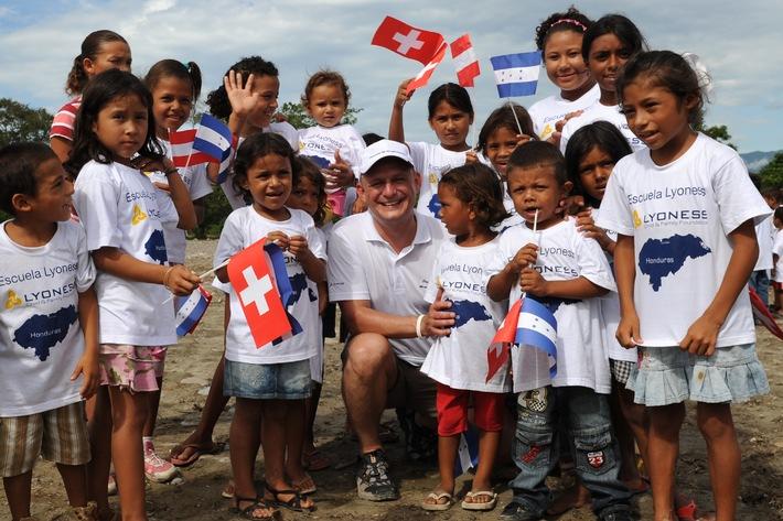 Lyoness in der Schweiz auf Erfolgskurs / Gelungene Kooperationen zugunsten benachteiligter Kinder