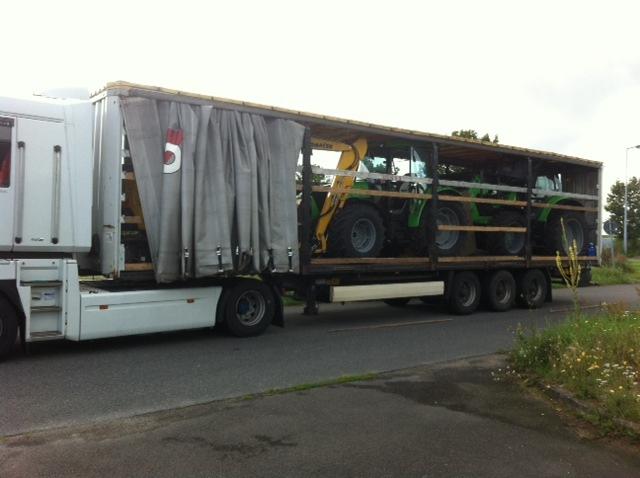 BPOLD-B: Deutsch-polnische Streife findet gestohlene Traktoren und Bagger auf Sattelschlepper