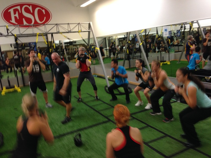 TOWN SPORTS AG launcht exklusiv in der Schweiz das UXF Cross-Training (BILD)