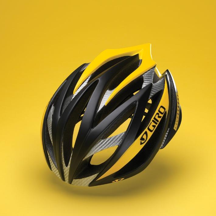 """En 2009, le coureur cycliste Lance Armstrong veut utiliser la série de casques à vélo « Livestrong » pour motiver les cyclistes à soutenir sa campagne de lutte contre le cancer. Désormais, la collection de casques « Livestrong » du septuple vainqueur du Tour de France Armstrong est également disponible en Suisse. Le fabricant de casques Giro investit dans la fondation en lui reversant une « part significative » par casque vendu. L'importateur suisse de Giro, Chris Sports Systems mise lui aussi sur l'initiative caritative d'Armstrong et c'est pour cette raison qu'il participe à la campagne. Texte complémentaire par ots et sur www.presseportal.ch.  L'utilisation de cette image est pour des buts redactionnels gratuite. Reproduction sous indication de source: """"obs/Chris Sports Systems"""""""