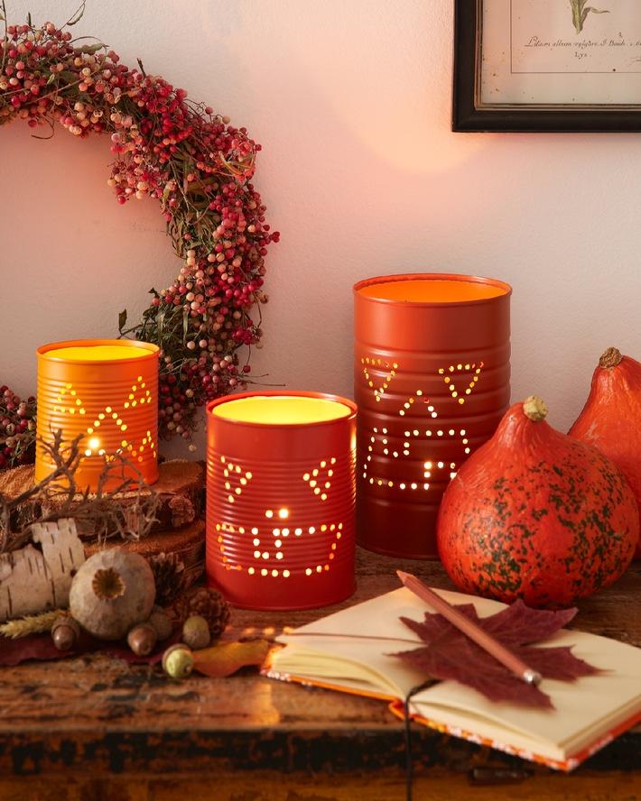 Schaurig Schone Halloween Deko Tauchen Sie Ihre Wohnung In Warmes Gespensterlicht Presseportal