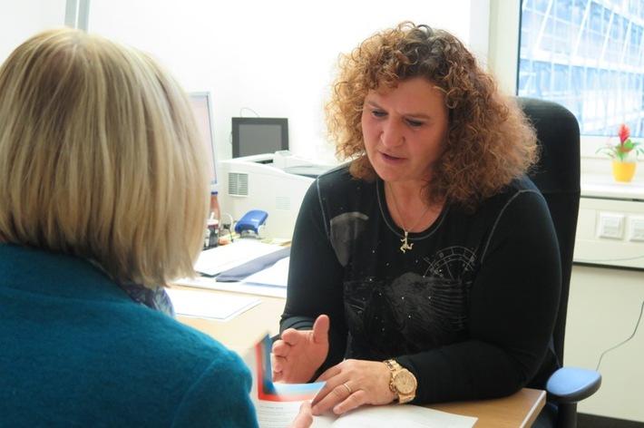 Kirsten Schäfer informiert über ihre Arbeit als Opferschutzkoordinatorin