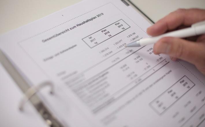 SWR Landesrundfunkrat Baden-Württemberg berät Haushalt 2019 (FOTO)