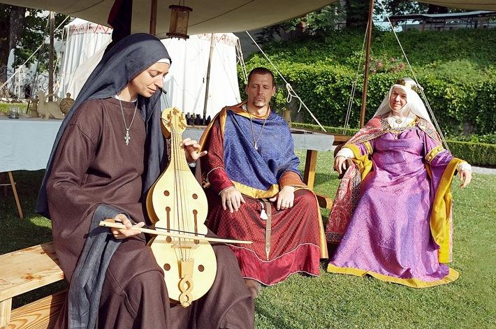 Grafen, Ritter und Gefolge sind in Festlaune / Auf Schloss Lenzburg finden vom 22. bis 24. Juli mittelalterliche Erlebnistage statt