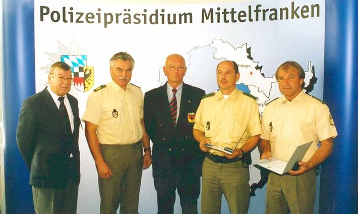 POL-MFR: (1272) Zwei Polizisten erhielten Wasserrettungspreis