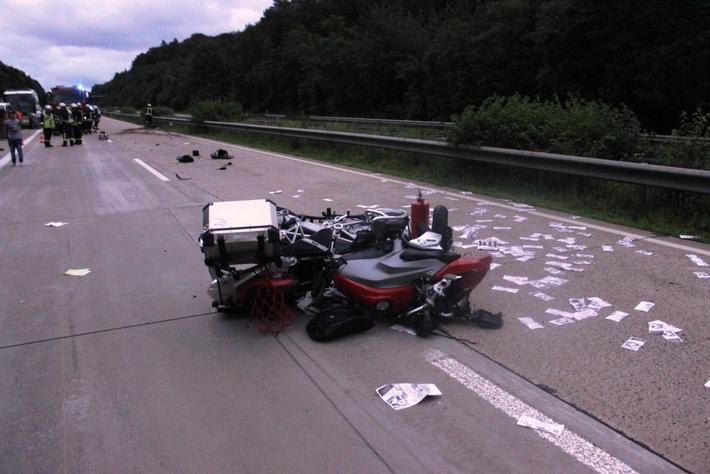 POL-PDKL: Unfall mit schwer verletztem Motorradfahrer