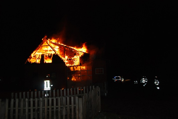 POL-CE: Feuer auf landwirtschaftlichem Anwesen