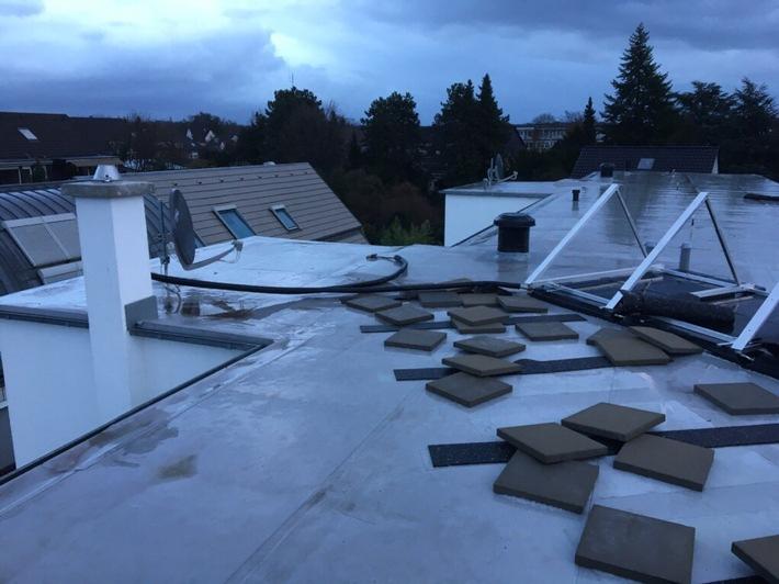Lose Teile einer Photovoltaikanlage
