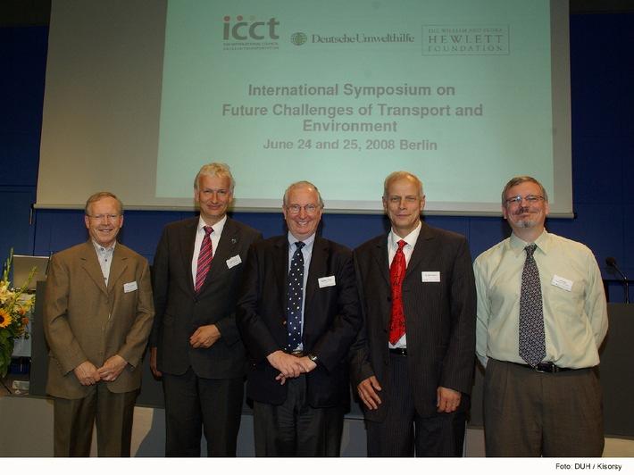 Internationale Experten suchen Antworten auf Herausforderung der weltweiten Verkehrsexplosion