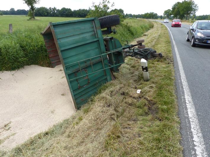 POL-CUX: Leicht verletzt nach Unfall zwischen PKW und Trecker -Fotos in der Bildmappe-