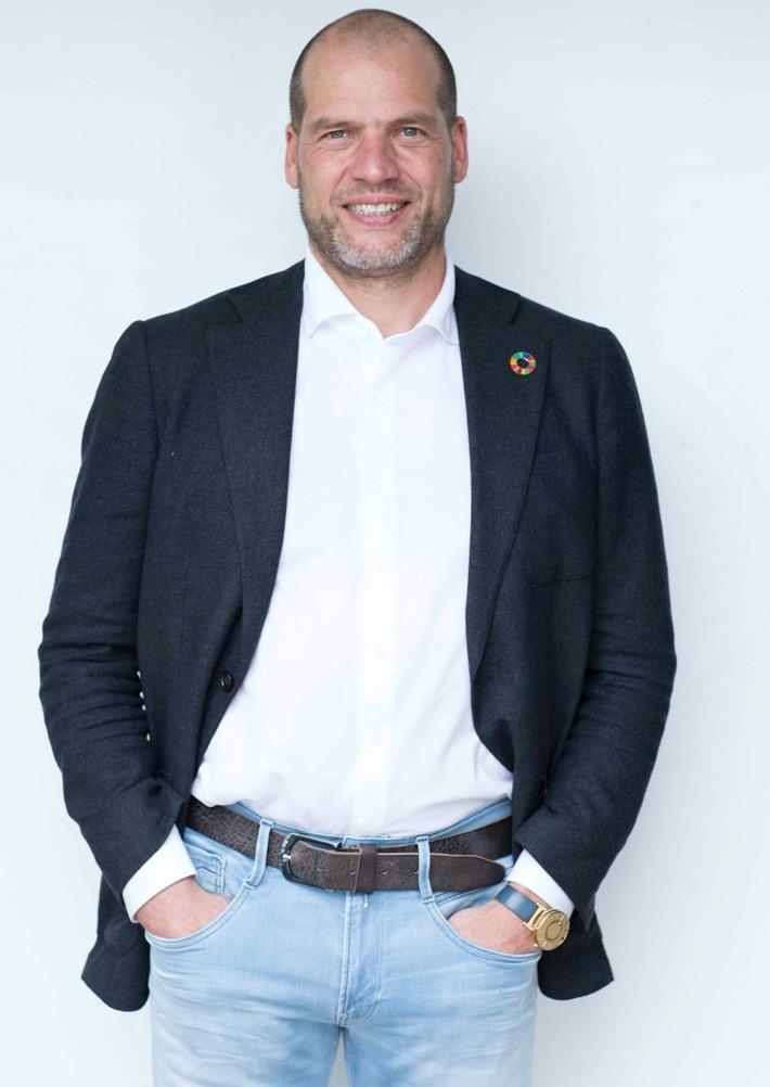"""Kees Kruythoff, CEO und Vorsitzender von The LIVEKINDLY Collective / The LIVEKINDLY Collective kündigt nach einer erfolgreichen Gründungsrunde von $200 Millionen am Anfang des Jahres nun eine weitere Kapitalaufstockung von $135 Millionen an / Weiterer Text über ots und www.presseportal.de/nr/148302 / Die Verwendung dieses Bildes ist für redaktionelle Zwecke honorarfrei. Veröffentlichung bitte unter Quellenangabe: """"obs/LikeMeat GmbH"""""""