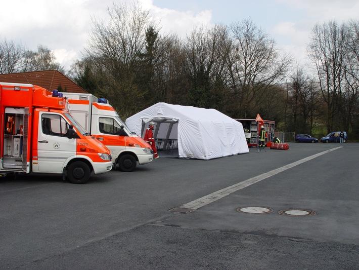 FW-E: Rettungsdienst und Feuerwehr erprobten neuen Container