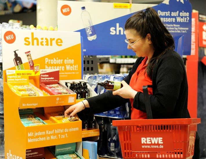 ▷ REWE macht Spenden einfach: mit Produkten der sozialen Marke ...