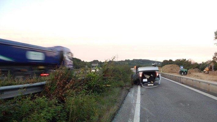 POL-PPKO: Unfall in Koblenz, Auffahrt BAB 48