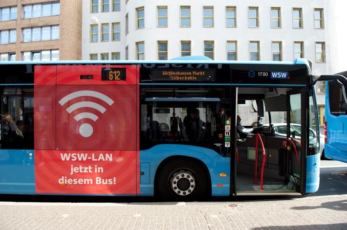 10 Millionen Personenkilometer gesurft: 250.000 Fahrgäste nutzen WLAN in Wuppertaler Bussen