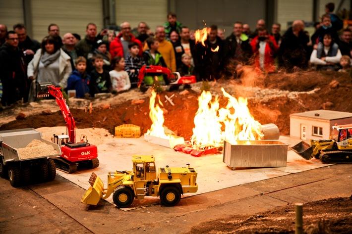 Schwer in Aktion: Geschehen auf dem Modelltruck-Parcours / Foto: Messe Erfurt GmbH/Marco Wicher