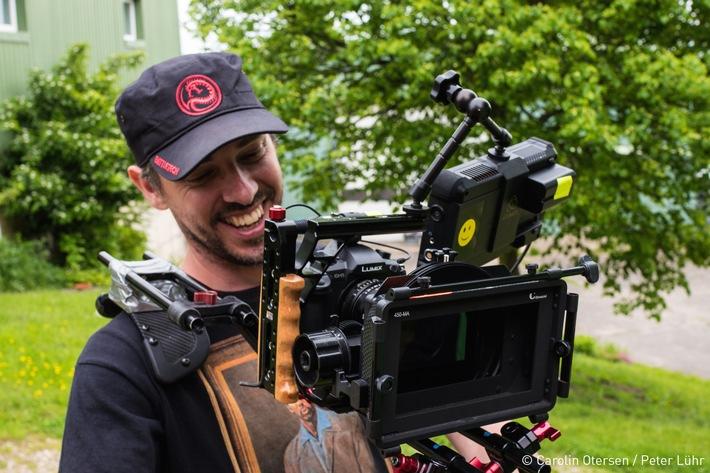 Netflix-Neuling mit LUMIX GH5 produziert / Der erfolgreichen Webserie DEICHBULLEN gelingt mit dem Multi-Talent LUMIX GH5 der Durchbruch