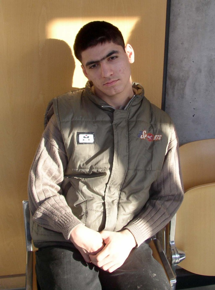 POL-DA: Wer kennt jungen Mann? / Polizei ermittelt wegen Verdachts der Aussetzung / Opfer schwer behindert und erkrankt