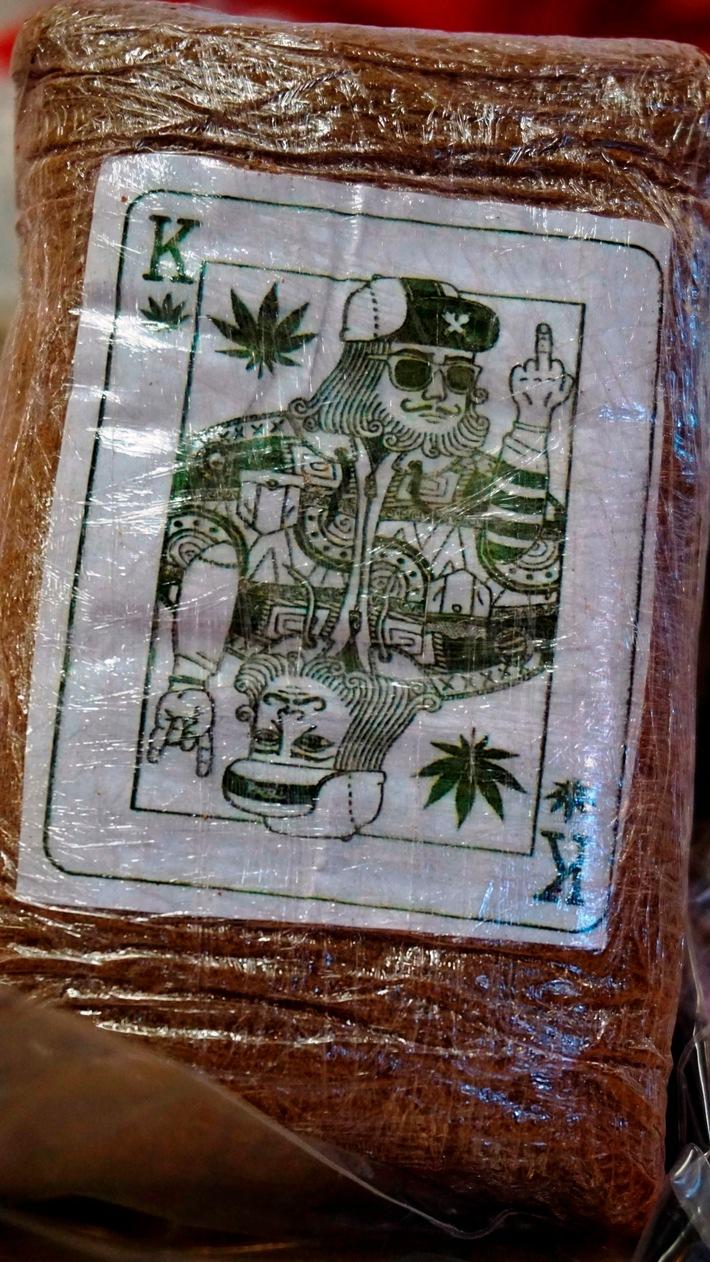 Bild 1: sichergestellte Drogen