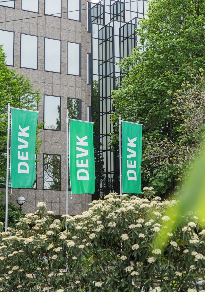 Das Geschäftsjahr 2017 war für die DEVK insgesamt erfolgreich. In der Kölner Zentrale gab der Vorstand beim Bilanzpressegespräch die Geschäftsergebnisse bekannt.