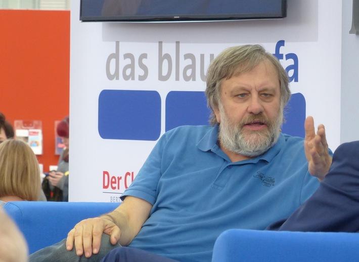 Slavoj Zizek auf dem Blauen Sofa, ©Bertelsmann