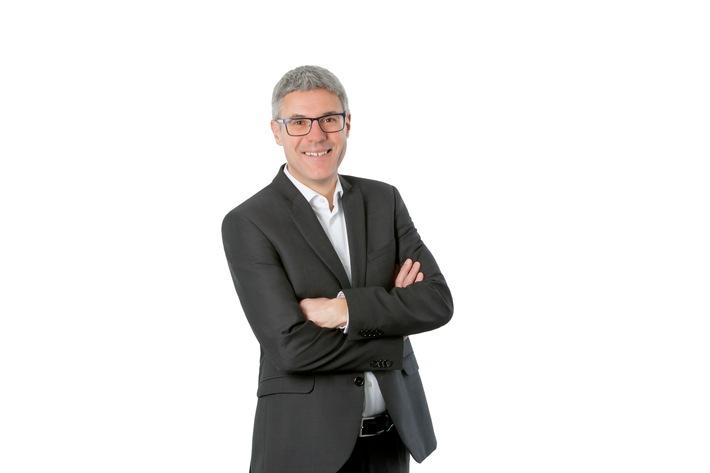 """Renato Denoth, neuer Leiter Finanzen und Informatik. Weiterer Text über ots und www.presseportal.ch/de/nr/100000701 / Die Verwendung dieses Bildes ist für redaktionelle Zwecke honorarfrei. Veröffentlichung bitte unter Quellenangabe: """"obs/Pro Infirmis Schweiz"""""""