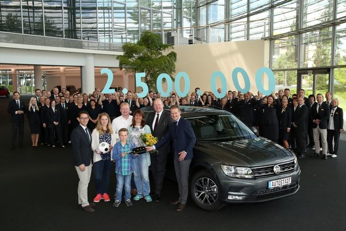 2.500.000 Fahrzeugauslieferung in der Autostadt in Wolfsburg