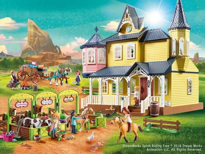 """PLAYMOBIL das Lizenz-Portfolio 2018 mit der beliebten DreamWorks-Animationsserie """"Spirit - Riding Free"""" ergänzt. Weiterer Text über ots und www.presseportal.de/nr/132704 / Die Verwendung dieses Bildes ist für redaktionelle Zwecke honorarfrei. Veröffentlichung bitte unter Quellenangabe: """"obs/geobra Brandstätter Stiftung & Co. KG"""""""