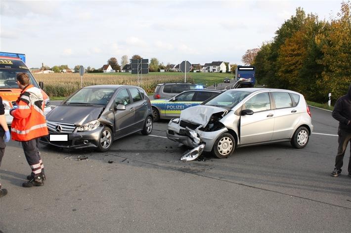POL-HX: Unfall mit zwei Verletzten