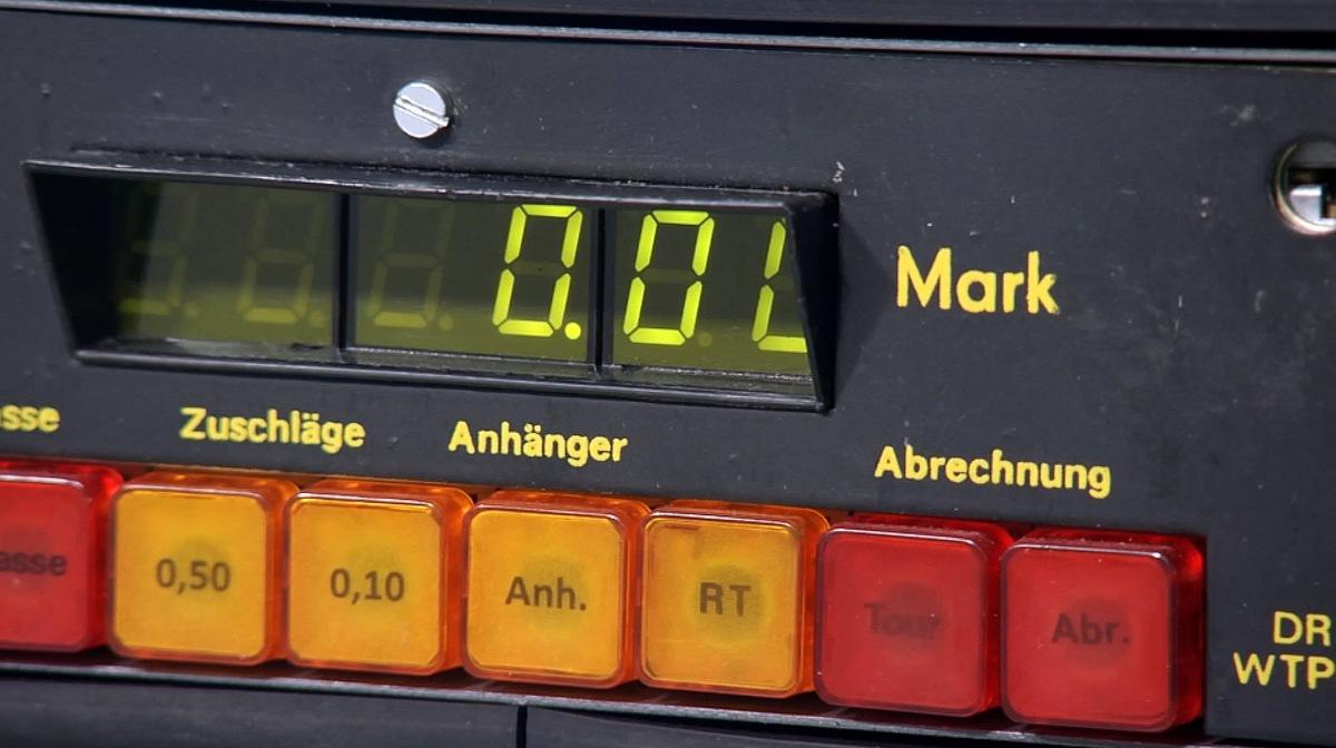 Dresdner Erfindergeist - MDR rekonstruiert die Geschichte der 'DDR-Taxi-Tüftler'