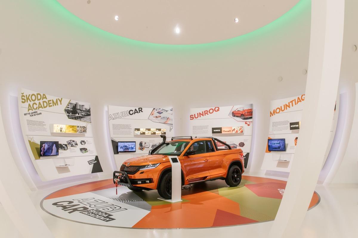 SKODA zeigt erstmals zwei Azubi Cars in der Autostadt in Wolfsburg