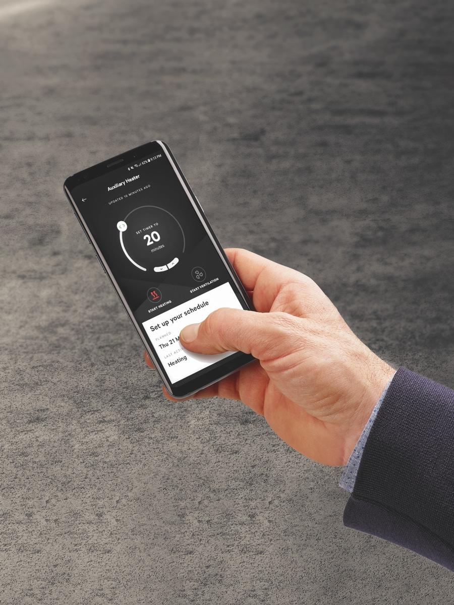 Clevere Features im SKODA: Standheizung über App einschalten und frischer Espresso im Auto