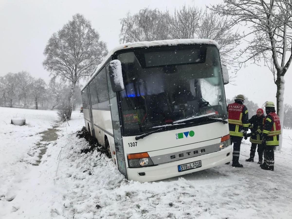 POL-STD: Starker Schneefall sorgt für Verkehrsprobleme..