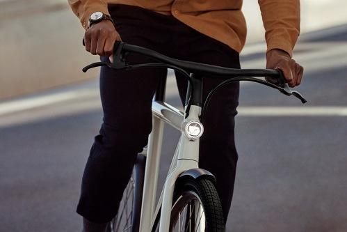ADAC e-Ride legt Zwischensprint ein: E-Bikes jetzt angesagt / E-Bike als vielseitiges Verkehrsmittel / Rabatte für ADAC Mitglieder / Lieferung vor die Haustür