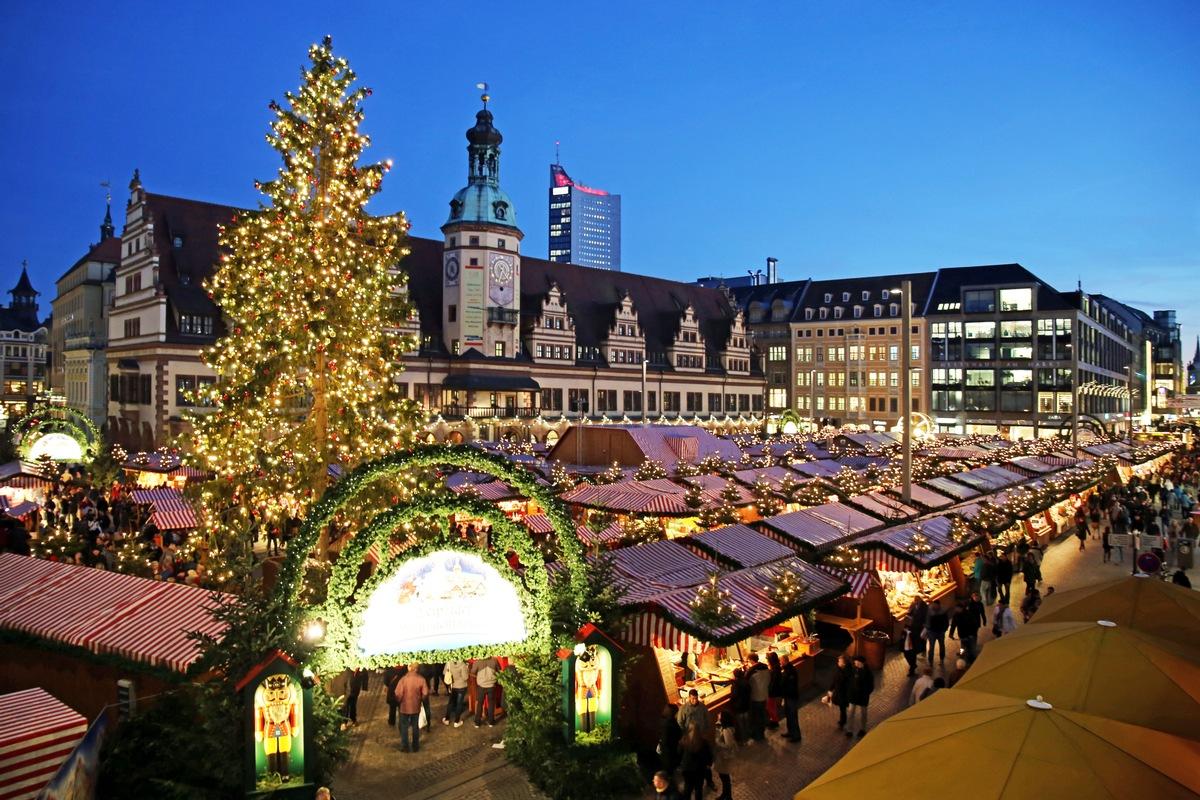Leipziger Weihnachtsmarkt.Leipziger Weihnachtsmarkt 2018 Lockt Mit 300 Standen Und