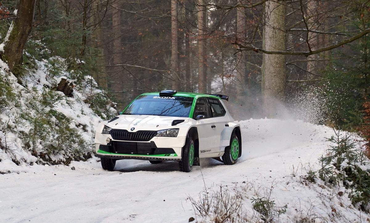 WRC: Zehn SKODA Teams starten bei der Rallye Schweden - Youngster Oliver Solberg feiert Debüt mit dem SKODA FABIA Rally2 evo