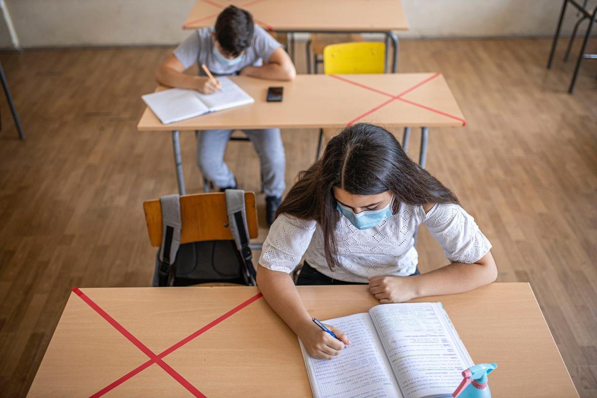 ▷ Schule in Corona-Zeiten: Reichen die Schutzmaßnahmen? Mehr als die Hälfte der Eltern ...   Presseportal