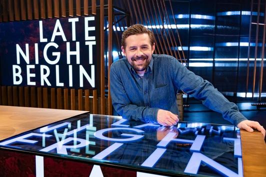 """Dienstag ist ab sofort Late-Night-Tag. Klaas Heufer-Umlauf macht mit """"Late Night Berlin"""" den Show-Dienstag auf ProSieben perfekt"""